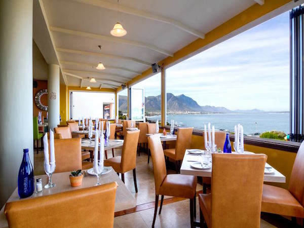 ins e with a view at La Pentola (Hermanus)