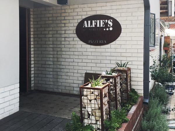 Alfie's Pizzeria and Deli