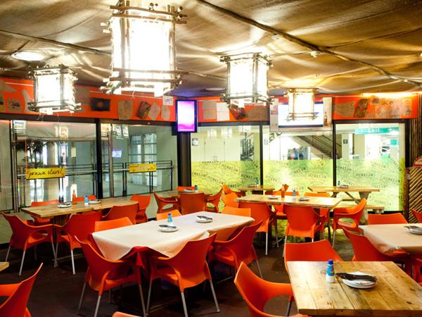 Inside Mo-Zam-Bik. Photo by Jan Ras.