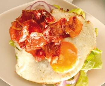 24hour breakfastbun_feat-11Feb11-083952