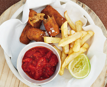 Dutch croquettes with chips and two sauces