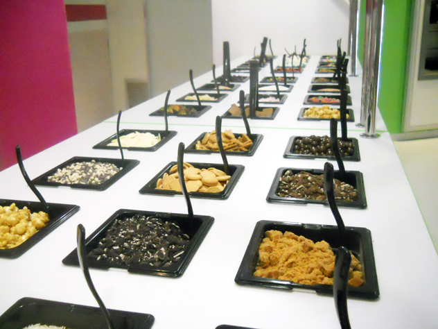 Wakaberry toppings