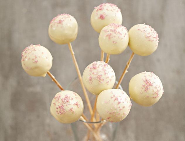 Sarah Graham's red velvet cake pops
