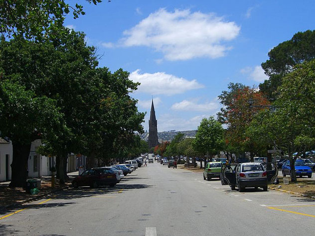 Grahamstown highstreet: Frankdoylezw