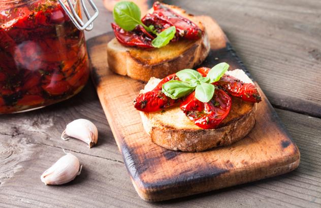 Bruschetta with sundried tomatoes.