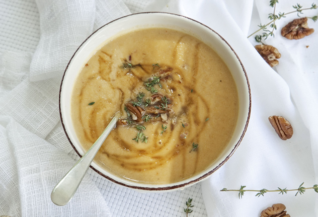 Honey-roast parsnip and pear soup