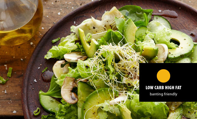A yellow dot on the menu marks low-carb, high-fat options for banting dieters