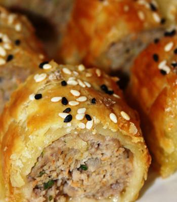 how to make sausage rolls moist