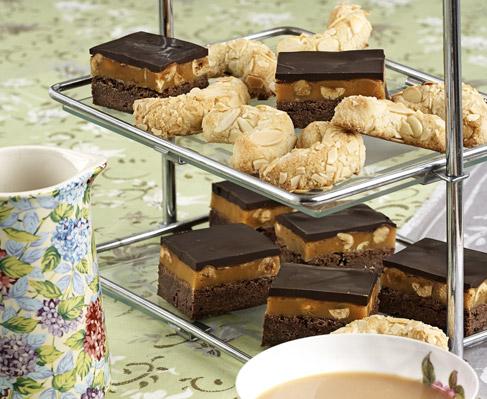 Chocolate and hazelnut caramel bars Recipe - EatOut