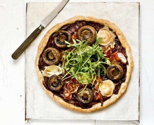 Prosciutto and mushroom tart
