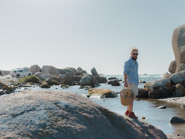 Follow the master forager, Kobus van der Merwe