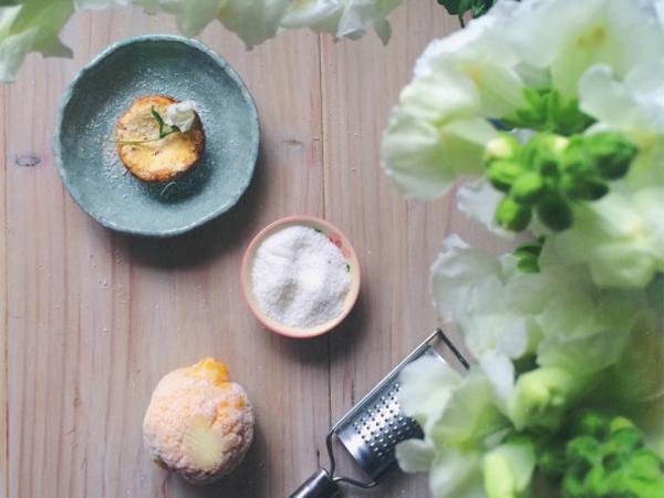 Lemon coconut cheesecakes