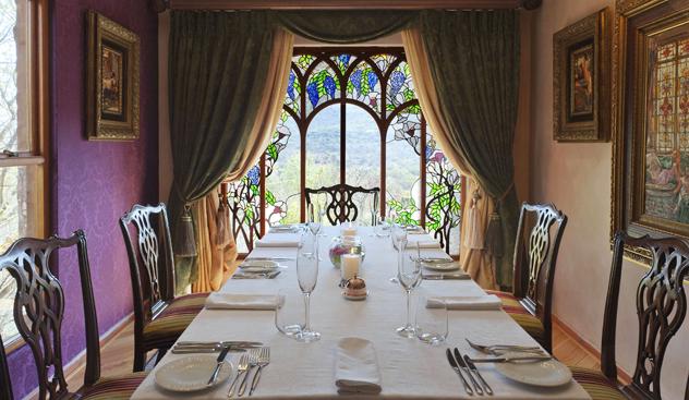 Tiffany dining room at Restaurant Mosaic