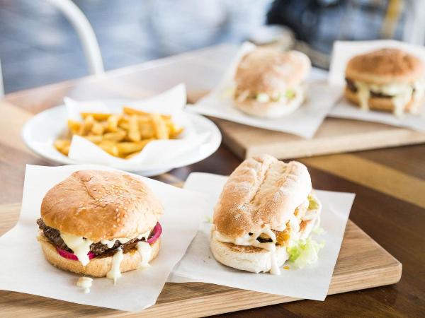 Union Square Food and Restaurant (Durban North)