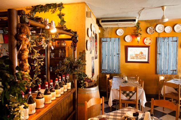 The interior at The Mad Italian. Photo courtesy of Jan Ras.
