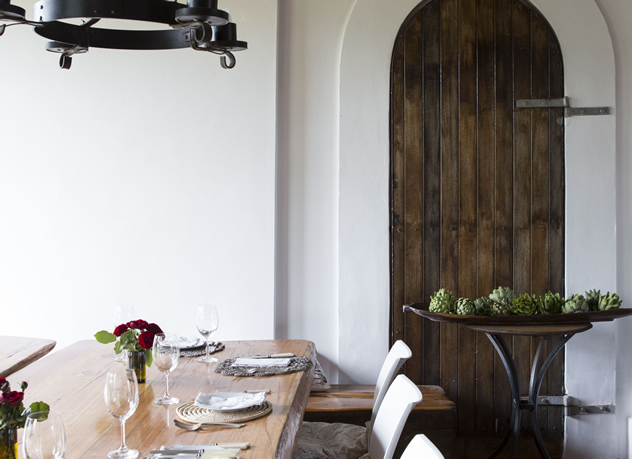 A long table at Fresh at Paul Cluver. Photo courtesy of the restaurant.