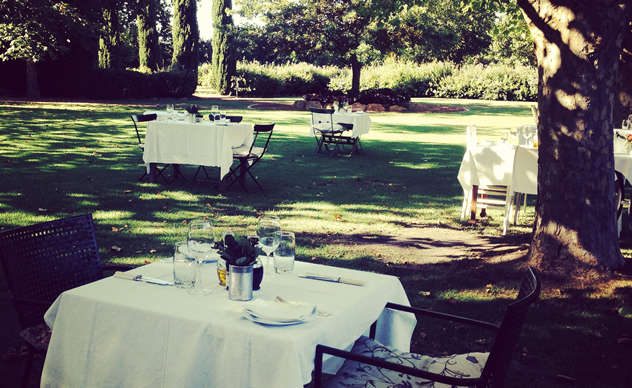 Summer tables at Fresh at Paul Cluver. Photo courtesy of the restaurant.