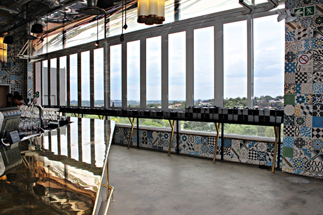 A meal with a view at the EB Social Kitchen & Bar. Photo courtesy of the restaurant.