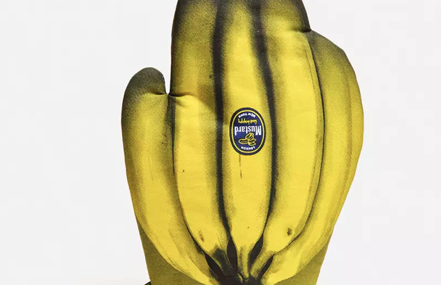 Banana bunch oven glove.