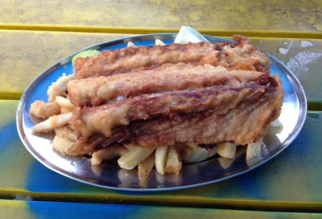 Kalky's snoek, calamari and chips