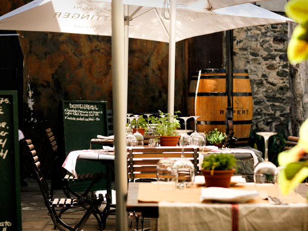 Bizerca courtyard