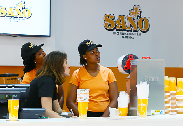 The counter at Sano Juice and Smoothie bar & Kin Gelato. Photo courtesy of the restaurant.