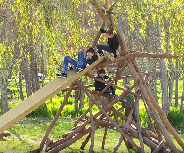 Children on a jungle gym at Bon Amis. Photo courtesy of the restaurant.