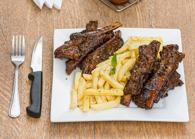 Ribs and Chips at The Warthog. Photo courtesy of the restaurant.
