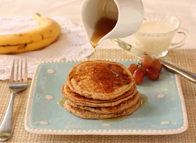 Banana pancakes by Meal Makeover Moms