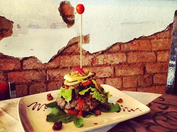 Avanti Authentic Italian Restaurant (Westdene)