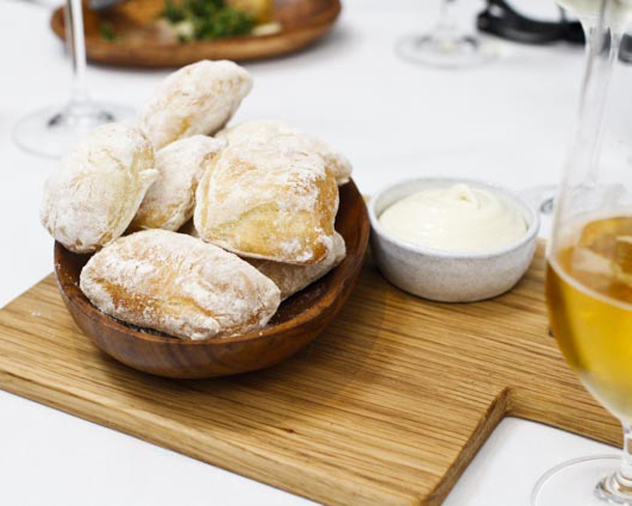 Bread and butter at Restaurant Jardine