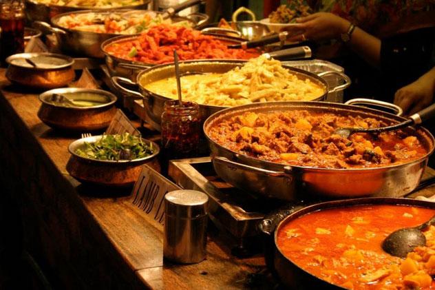 Curry-buffet-at-Sehaj-Restaurant