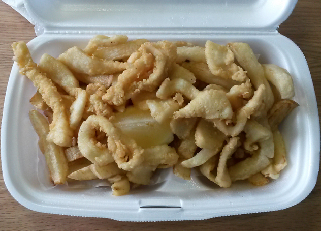 Lusitania calamari and chips
