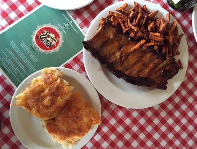 Ribs and mac n cheese at Smokin Joe's Rib Shack