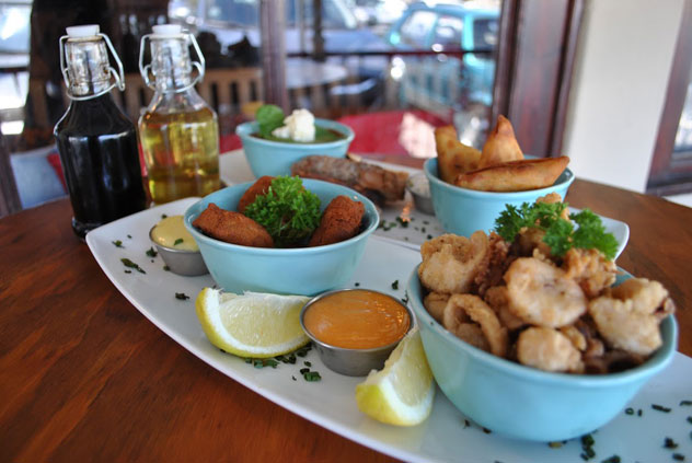 Salt-and-pepper-squid-at-Fat-Harry's