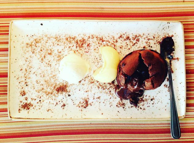 Harissa-Bistro_chocolate-fondant
