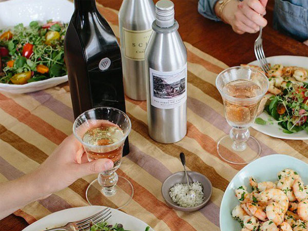 New smart bottle preserves your opened wine for weeks