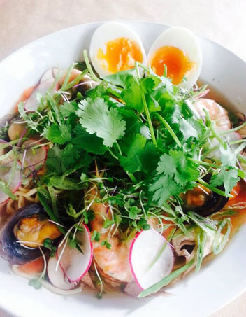 Seafood-ramen-at-Saltwater-Grill