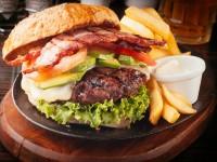 Avo bacon burger
