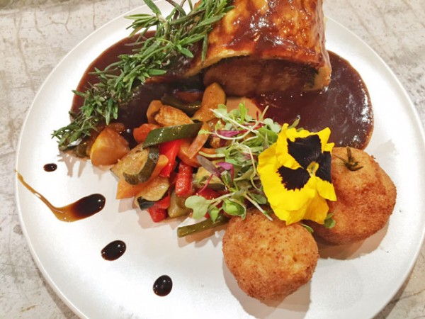 The beef Wellington at Chefs 566. Photo by Hennie Fisher.