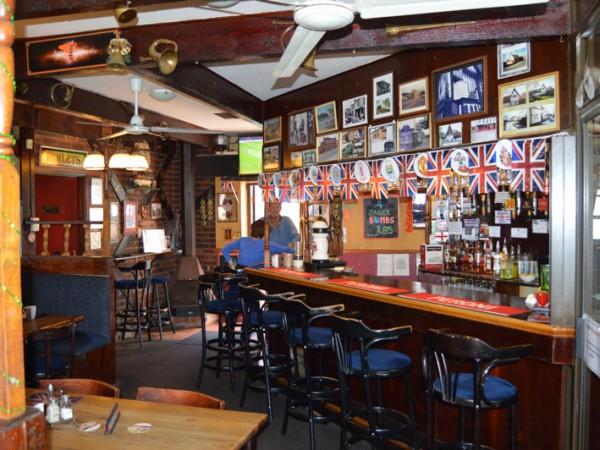 Royal Oak Pub & Restaurant