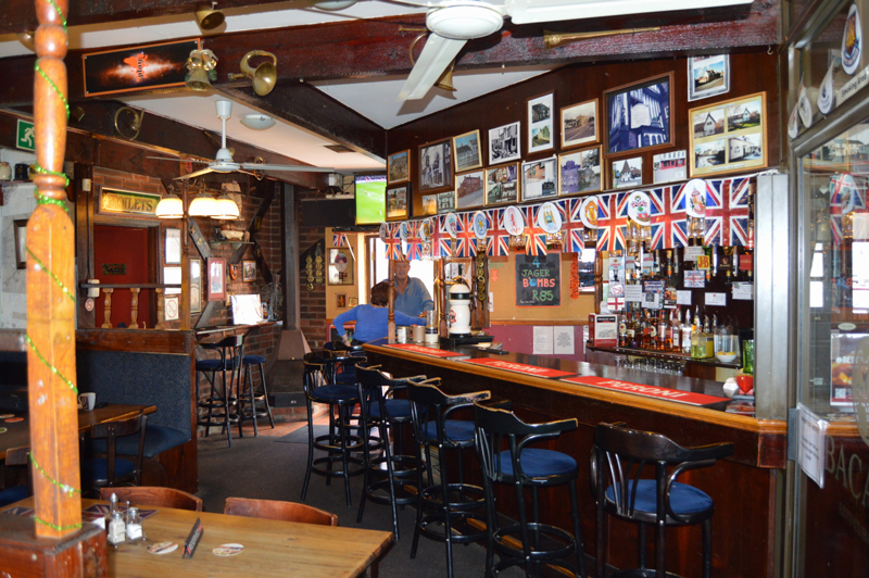 The Royal Oak in Tableview. Photo by Greg Landman.