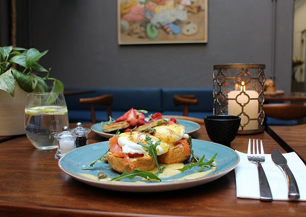 Breakfast options include eggs Benedict, flapjacks and freshly baked muffins. Photo supplied.