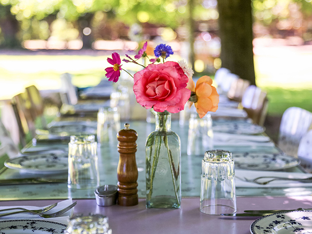 The Table at De Meye table setting