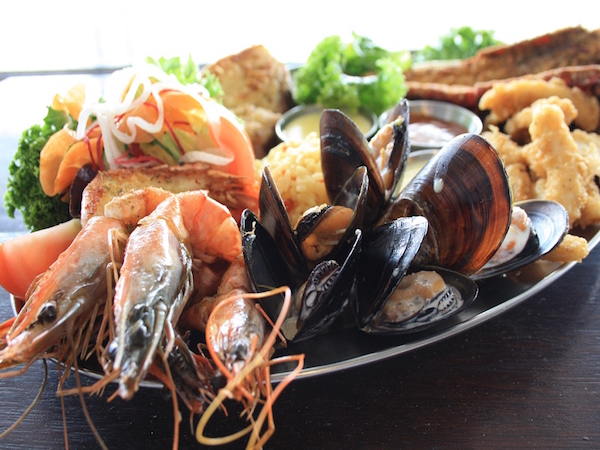 mussels and prawns from Bertha's