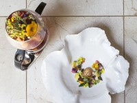 Restaurant Mosaic_Alchemist Infusion - Saffron tortellin with hibiscus consommé
