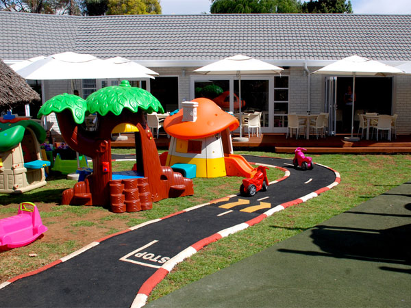 8 of the best children's playgrounds at restaurants