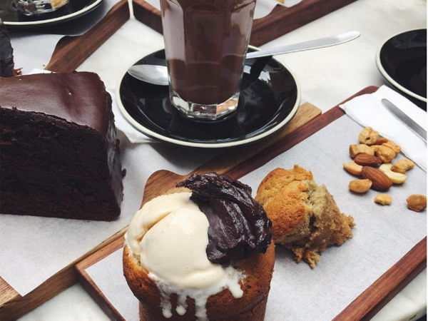5 places to order insane chocolate desserts