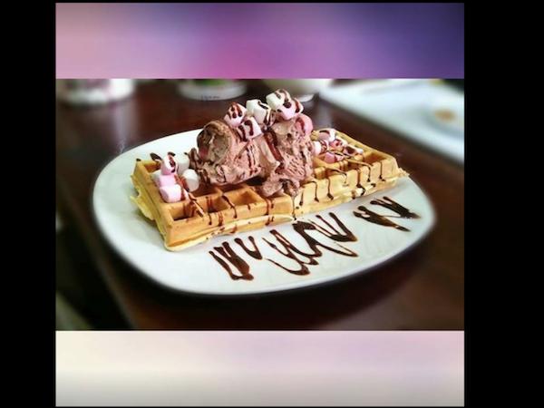 Willow Waffle & Pie
