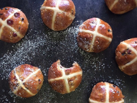 hot-cross-buns-jason